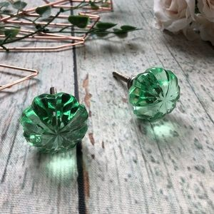 2 drawer pulls handles knobs green glass decor